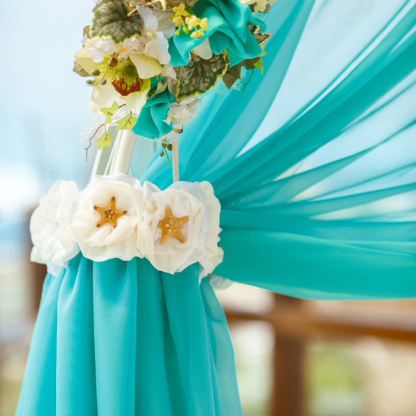 wedding arch deacoration tropical style